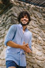 Man wearing mottled blue cotton pique shirt 2