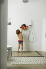 Petite fille portant une culotte de bain Blue Seagulls