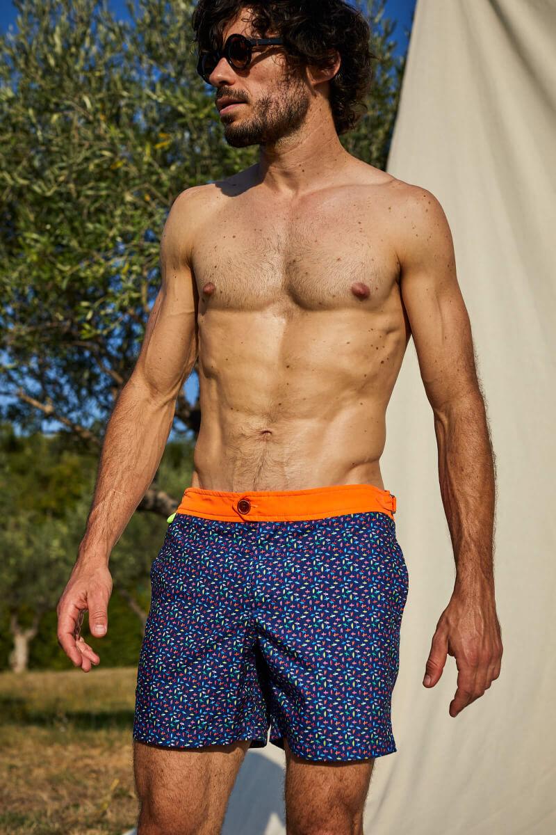 Homme portant un maillot de bain à ceinture boutonnée Air bondi Beach