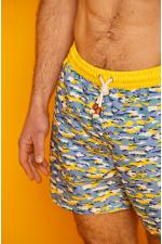 Homme portant un maillot de bain à ceinture élastique BENSIMON